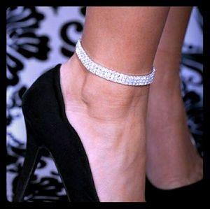 Jewelry - Elegant Diamond Ankle Bracelette